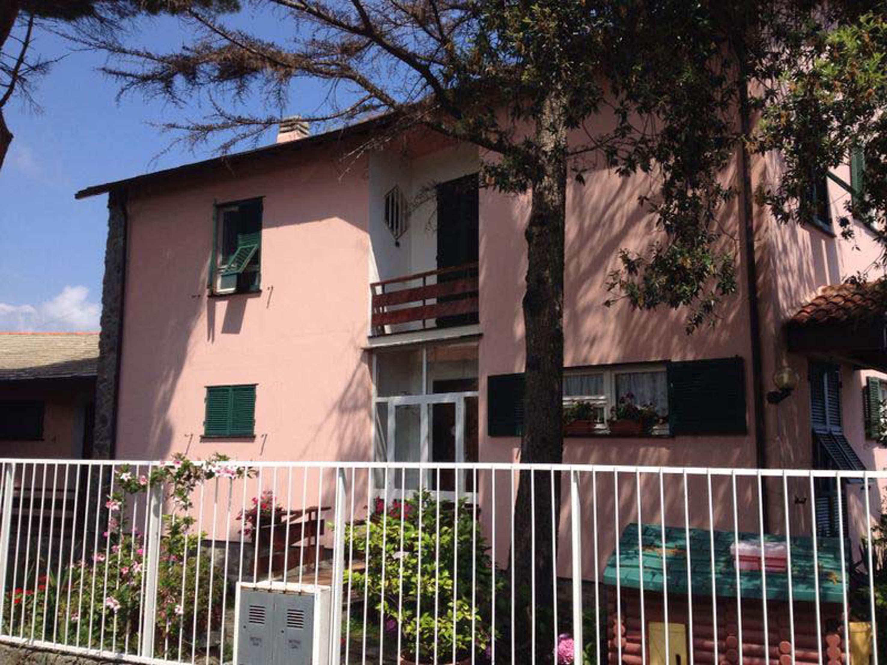 Casa Famiglia LA MIMOSA Celle 2