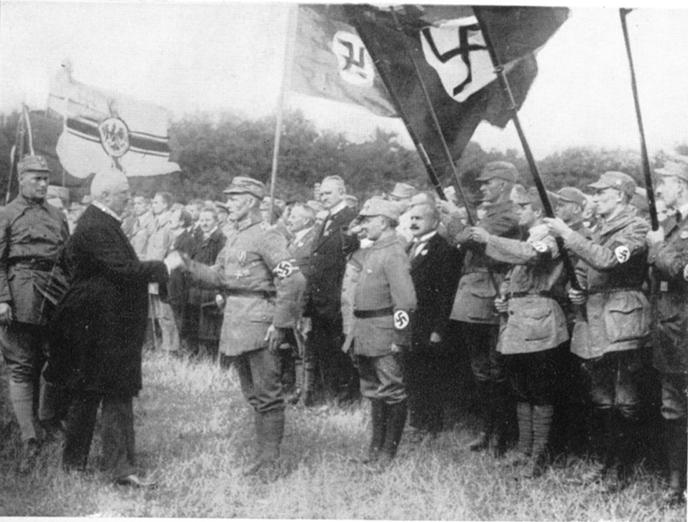 Braccio e bandiere