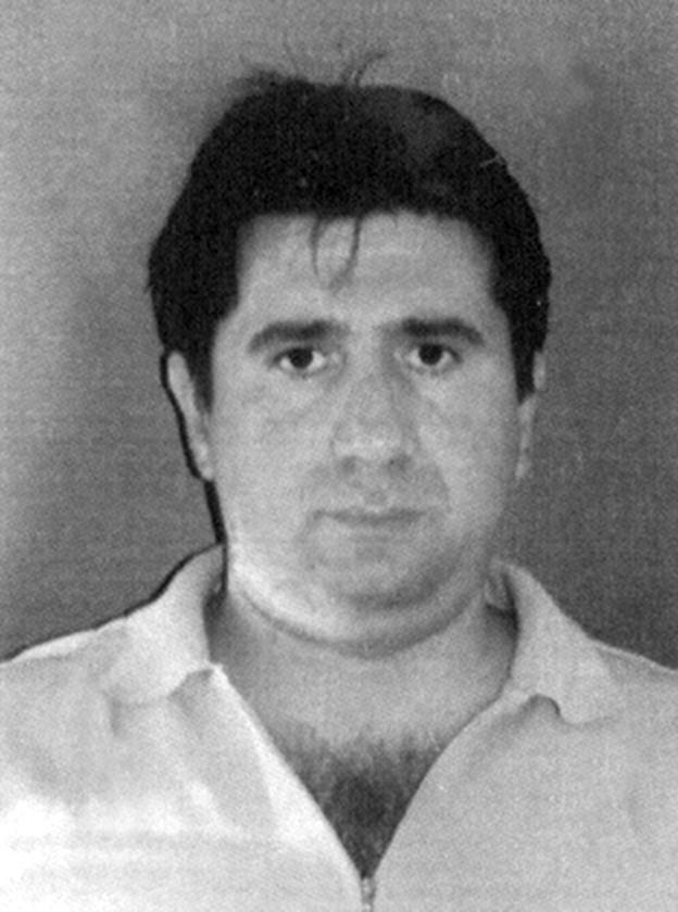 """Lino Renzi, 46 anni, è stato giudicato """"socialmente pericoloso"""" e totalmente infermo di mente, e non sarebbe in grado di affrontare neppure un processo."""