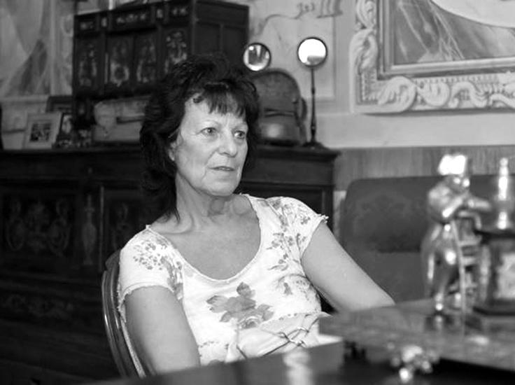 Ester Arzuffi, 67 anni, madre di Bossetti, ha ribadito all'arrestato che lui è figlio di Giovanni Bossetti, 72 anni, suo marito, nonostante il Dna dimostri senza possibilità di dubbio la paternità di Giuseppe Benedetto Guerinoni, l'autista di Gorno che avrebbe avuto una relazione extraconiugale con la donna.