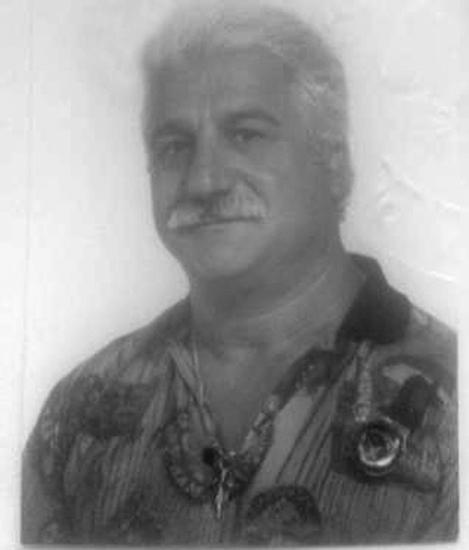 Era un tiranno tra le mura domestiche*** Romano Di Francesco, 69 anni, ha avuto i suoi primi guai con la giustizia nel 1956, ancora minorenne. Dieci anni dopo fu arrestato per aver maltrattato la madre e, in seguito, per reati contro il patrimonio, un tentato omicidio nel 1990 e alcuni casi di usura.