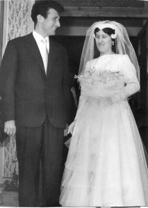 Lucia con il marito Valentino Tenaglia, nel giorno del loro matrimonio. L'uomo è deceduto in un incidente, nel 1982