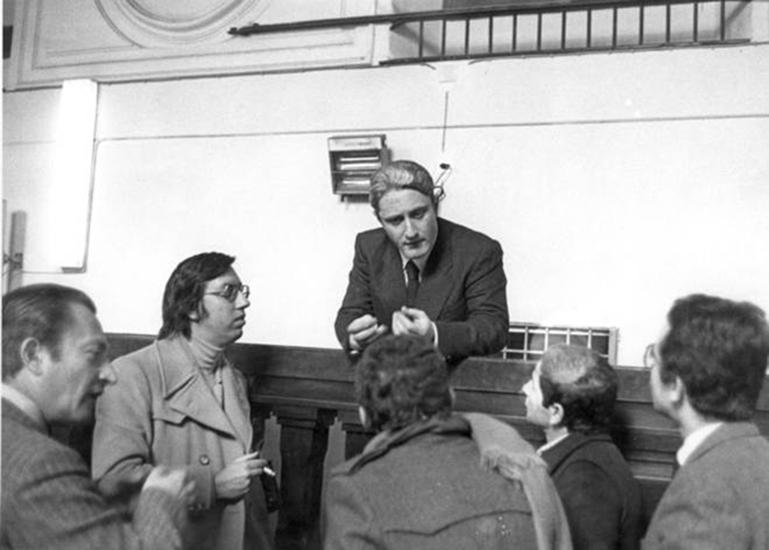 Domenico Zarrelli, oggi 73enne costretto sulla sedia a rotella, dopo 39anni si ritrova ancora sospettato della strage di via Caravaggio, per la quale è stato già processato e assolto.