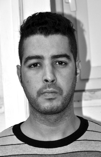 Zakaria Ismaini Tre delitti e un unico colpevole?*** Zakaria Ismaini, marocchino di 32 anni, è indagato per un altro delitto avvenuto nel 2014 ed è sospettato di aver ucciso Anna Maria Stellato nel 2012.