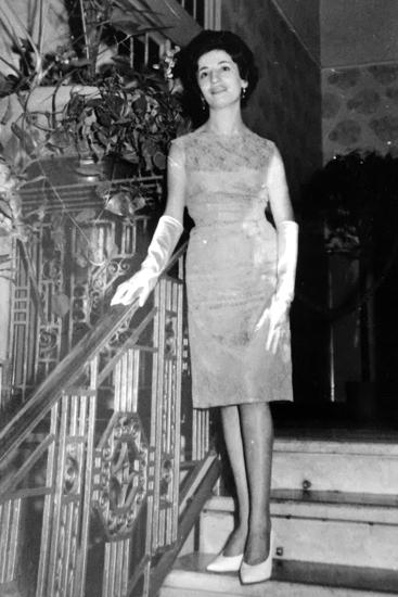 In gioventù Michela ha anche fatto la modella: Nella foto sfila con gli abiti di una sartoria Torinese.