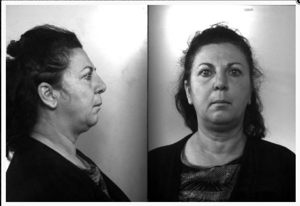 Divorzio fai da te*** Lucia Fiore, 53 anni, avrebbe soffocato il consorte Riccardo Rossi, 57 anni, mettendogli un sacco della spazzatura sulla testa dopo averlo imbottito di farmaci.