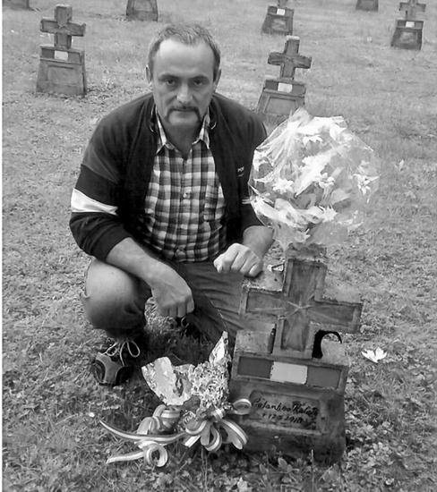 Impegno mantenuto*** Ugo Costantino, 50 anni, ha ritrovato in Austria, la tomba di nonno Natale, deceduto per fame nel campo di concentramento di Braunau Am Inn.