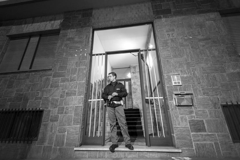 Torino 29-03-2015 foto Maurizio Bosio:OMICIDIO SUICIDIO IN VIA LAURO ROSSI 75