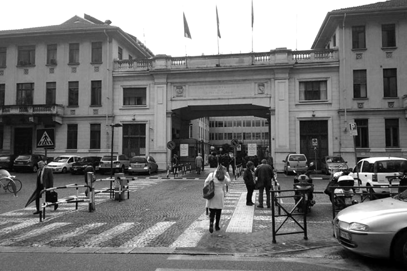 """L'ingresso dell'ospedale """"Molinette"""" di Torino dove, all'interno nel reparto detenuti, è stato """"ricoverato"""" Luigi Musso di 87 anni, dopo il tentativo di suicidio seguito all'omicidio della moglie."""