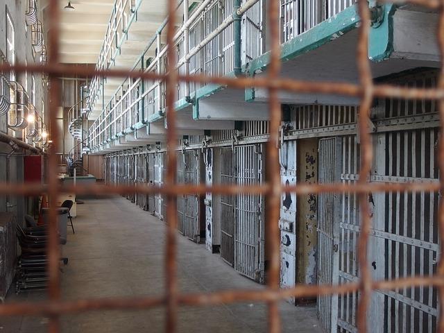 carcere8